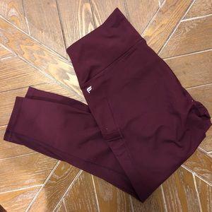 Fabletics Mila Pocket Capri leggings BRAND NEW
